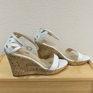 White wedge sandle by Morgan